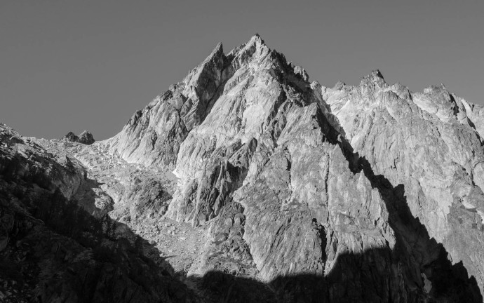 Dragontail Peak, as viewed from Aasgard Pass